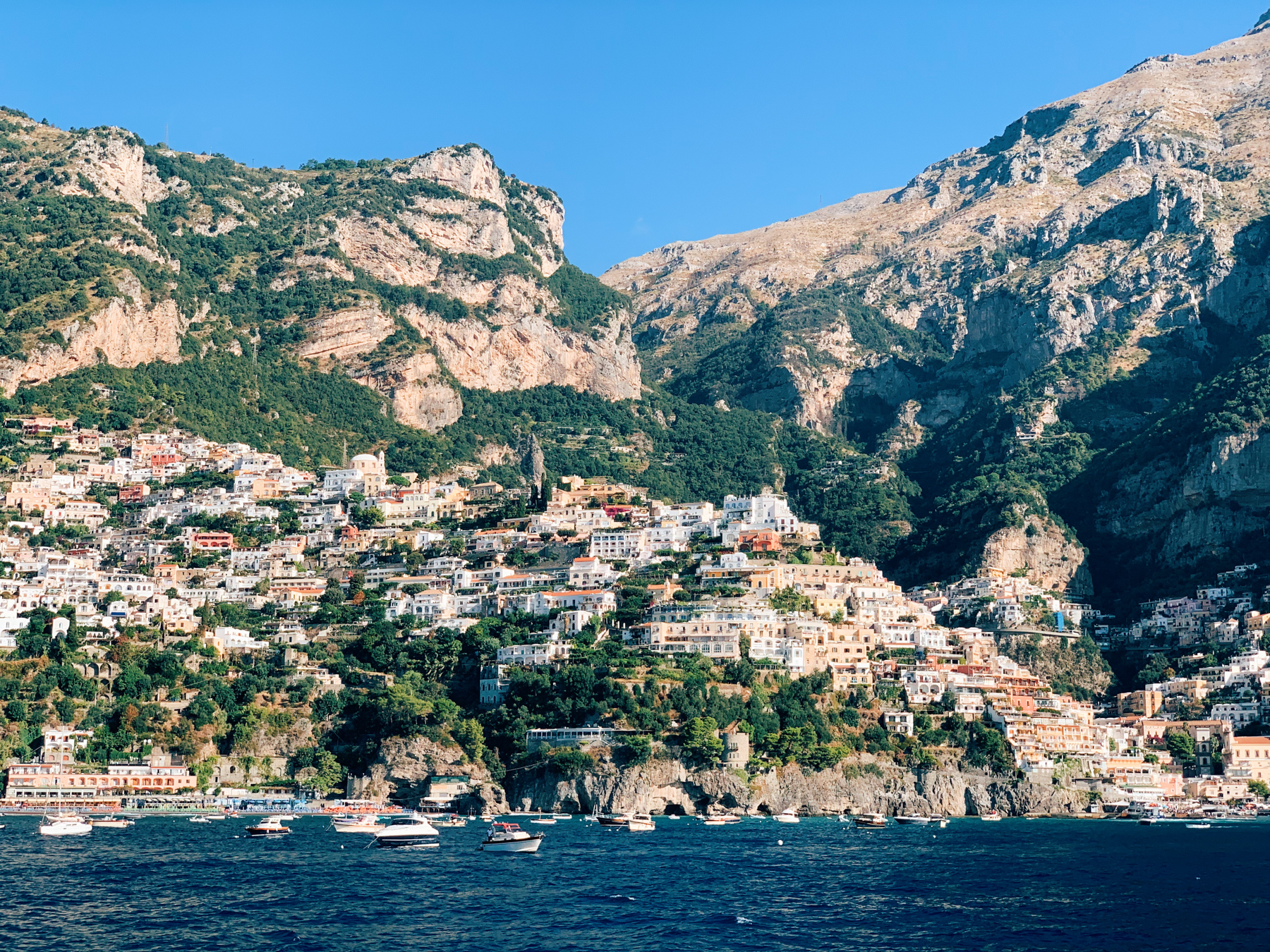 We spent a second day in Positano, this time coming in by ferry