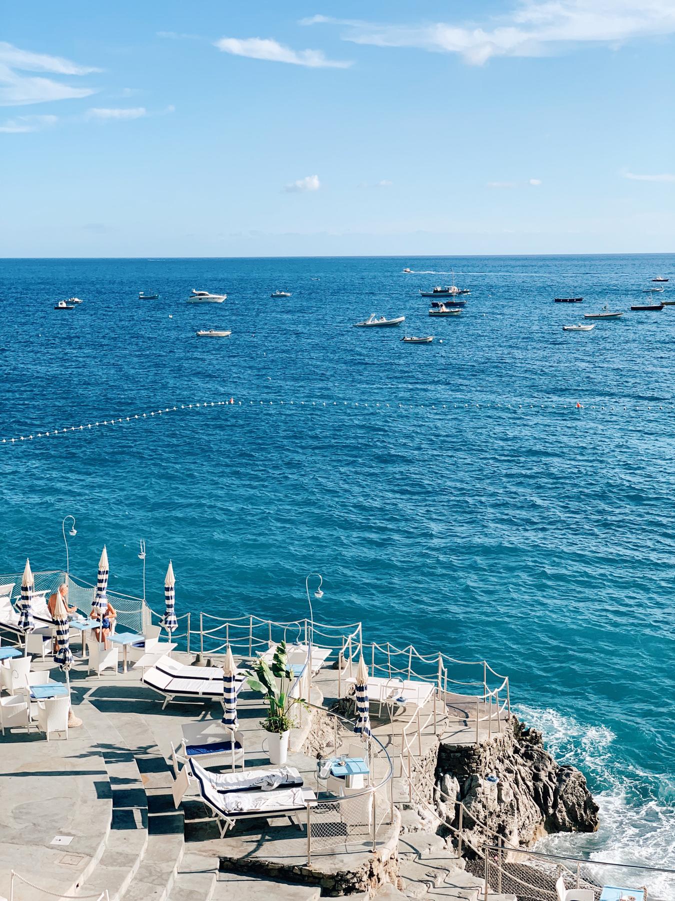 "Our daybed rentals at ""La Scogliera"" resort"